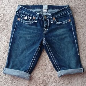 True Religion Roll-Up Bermuda Style Shorts Size 29